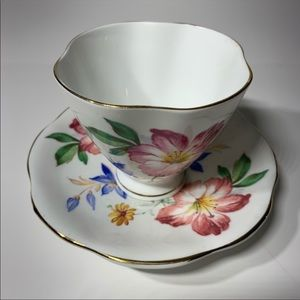 Vintage England Bone China Tea Cup Set